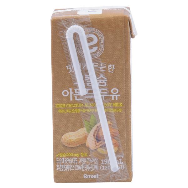 Sữa Đậu Nành Hạnh Nhân Emart 190ML
